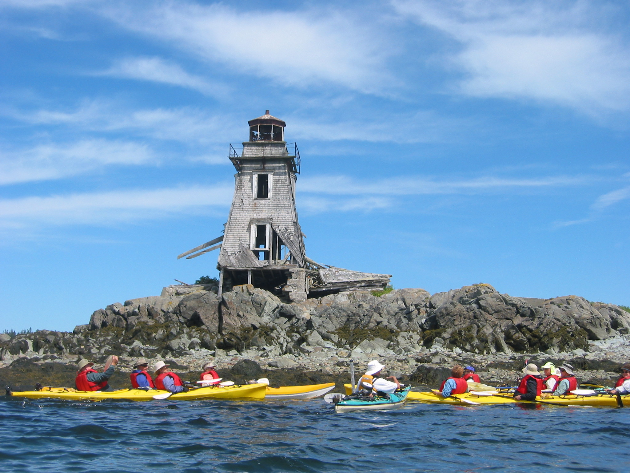 Kayaking_islands